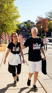 breast-cancer-awareness-fight-like-a-girl-first-financial-security-co-ceos-phil-and-debbie-gerlicher-end-breast-cancer-5k-walk-team-annie