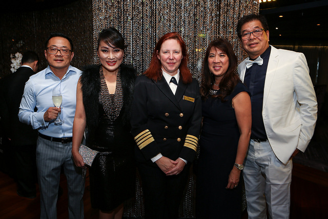 FFS Dream Destination Conference 17 Elite winners Corey Vuu, Victoria Le, Shirley Luu and Hoang Vu with Captain Serena Melani of the Seven Seas Mariner.